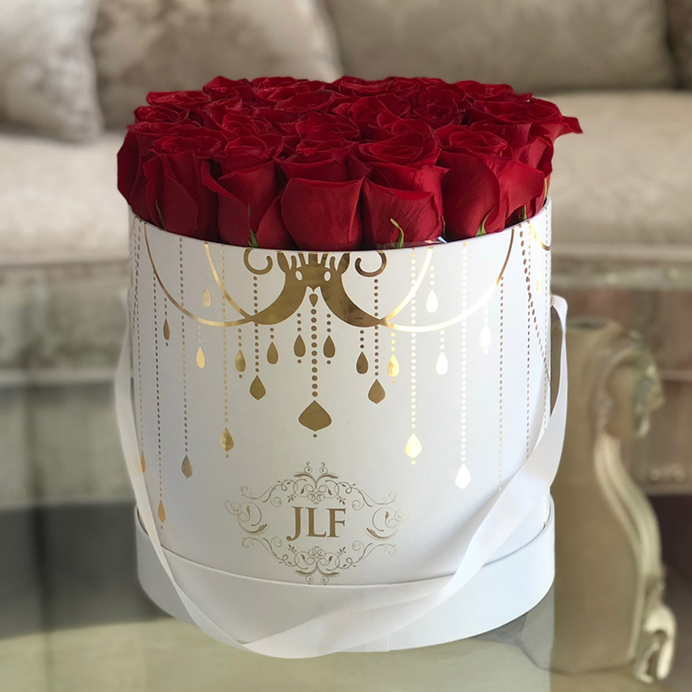 Yelena Red Rose Box