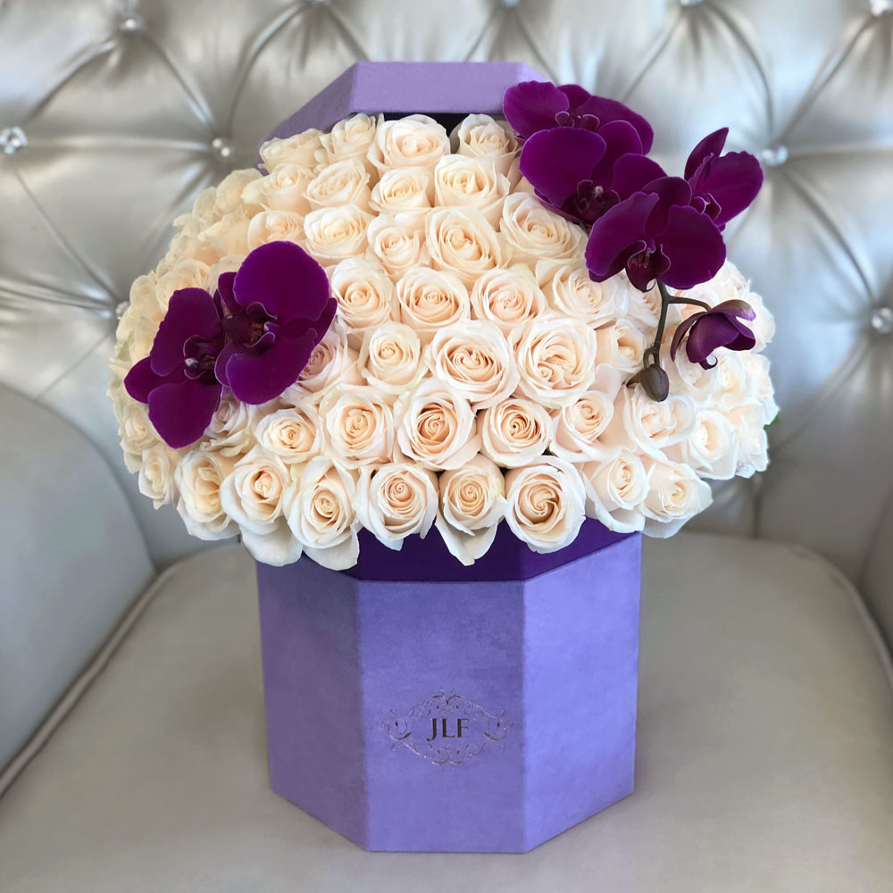 Signature 50 White Roses With Orchids In Hexagon Box