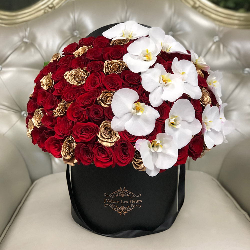 Signature 100 Red & Gold Roses With Orchids