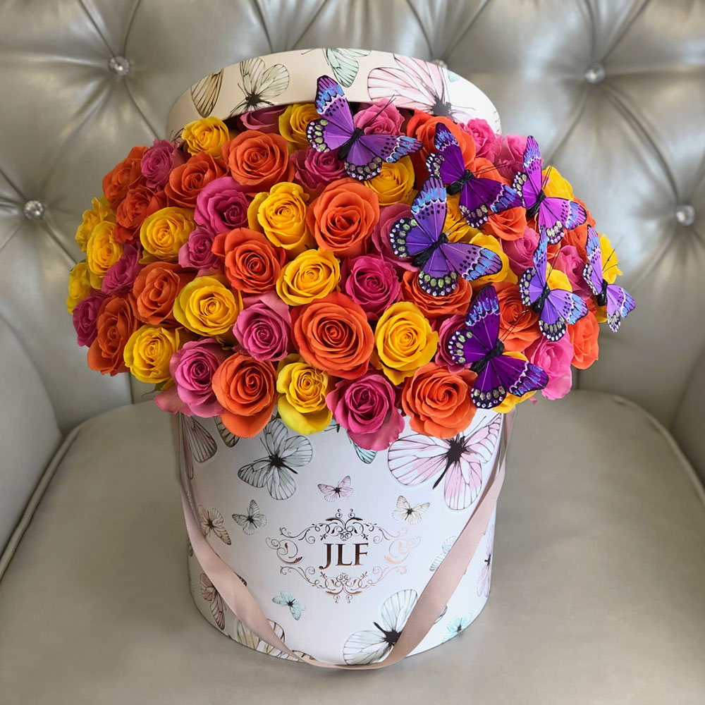 Signature 50 Multicolor Roses With Butterflies in Mon Papillon