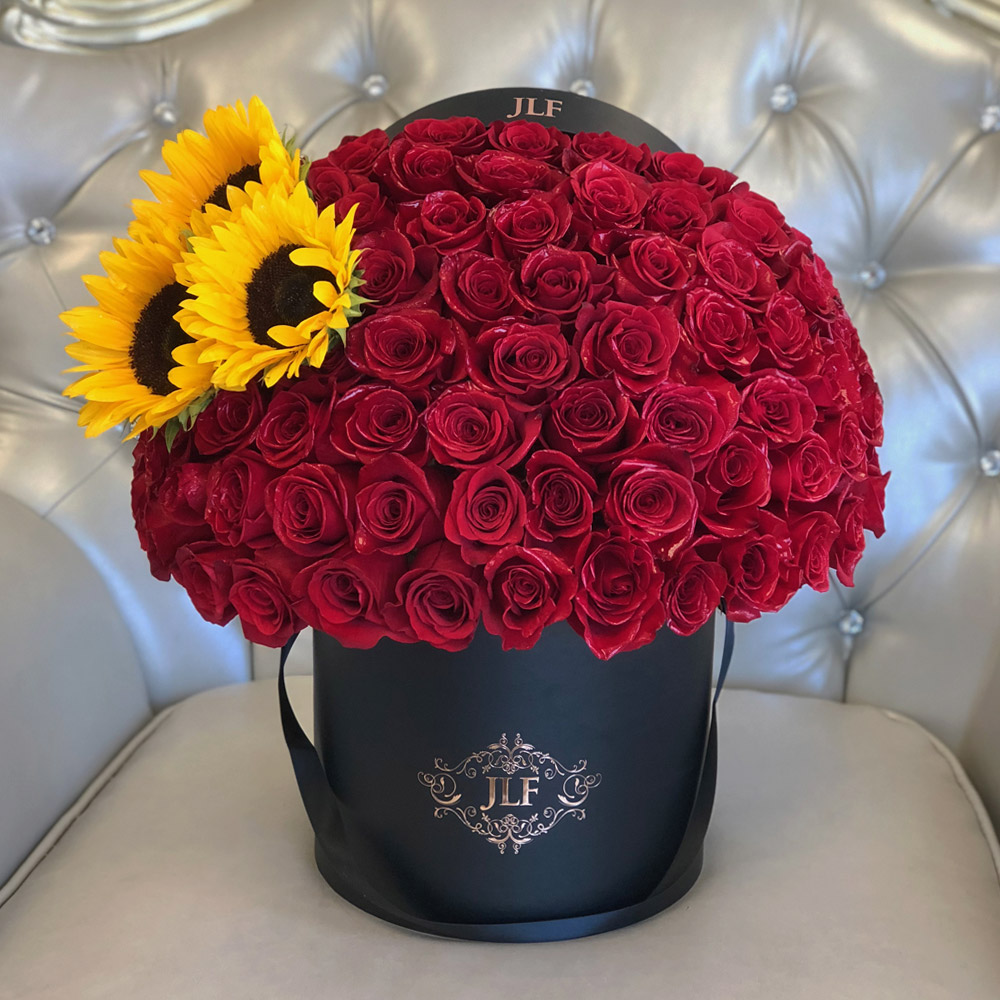 Signature 75 Red Roses With Sunflowers