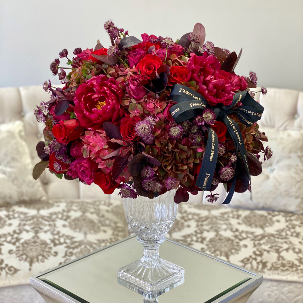 J'Adore Red Fleurs in a Vase