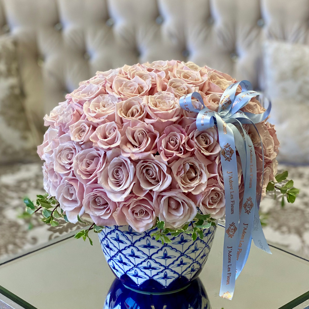 75 Sweet Eksimo Roses in a Toile Vase